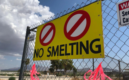 no-smelting-sign