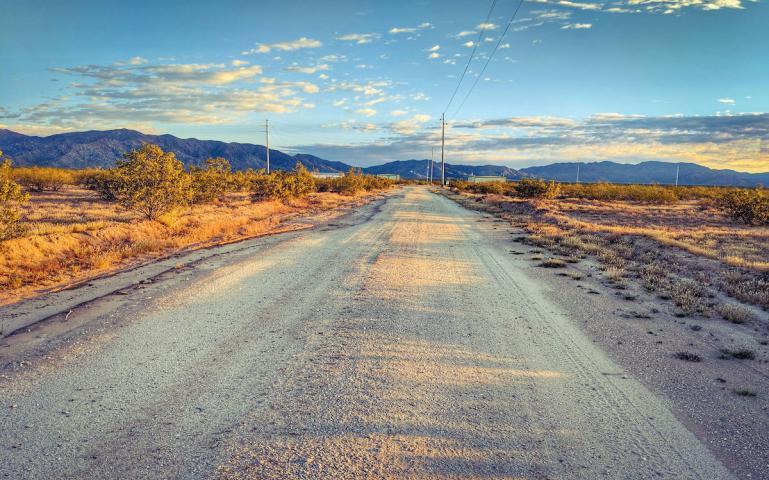 SIERRA Wenden Dirt Road_Tipton WB